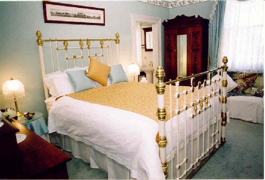forgandenny house queen suite