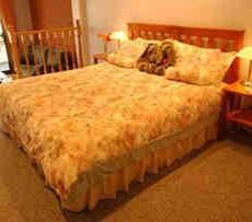 Amethyst-Lodge-Bed-Breakfast.jpg