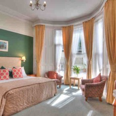 Hotel-Iona.jpg