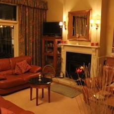 Strathburn-Cottage.jpg