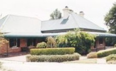 Heronswood-House.jpg